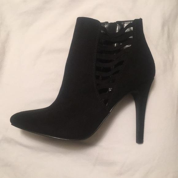 634fc2bef Kelly   Katie Shoes - Kelly   Katie Black Suede Booty Heels
